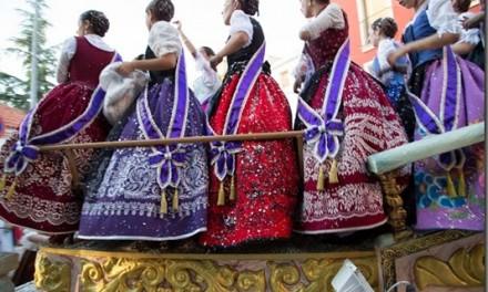 La Feria de Utiel_2014_Pasacalles y Carrozas_15_09_2014